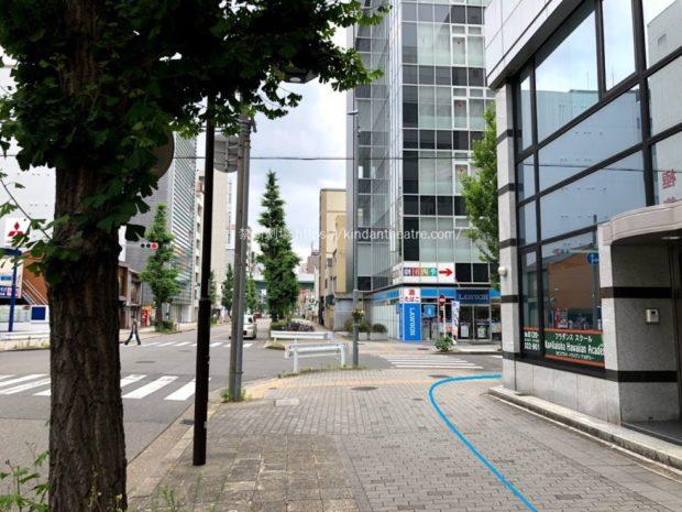 名古屋四季劇場前ローソン
