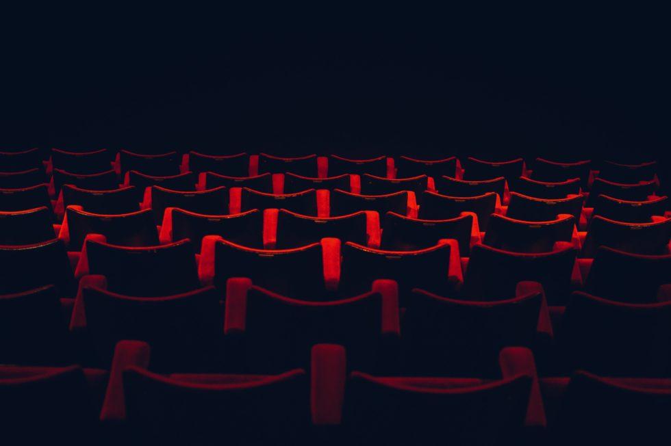 【8月7日更新】劇団四季・宝塚歌劇・東宝は公演再開へ 新型コロナウイルス感染症対策ミュージカル公演中止 各社対応一覧